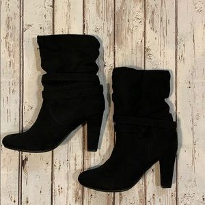 Express calf high heel boots size 7 worn once blk
